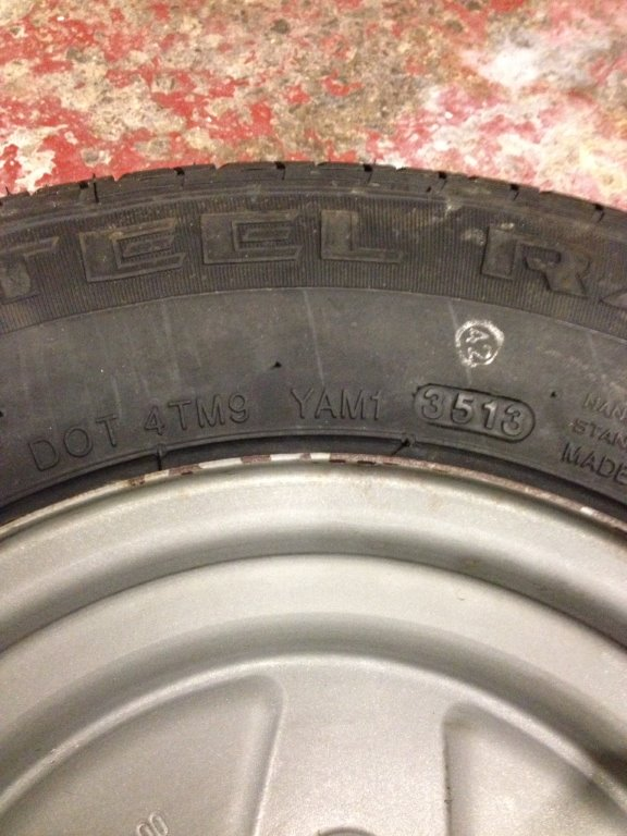 How to age a trailer tyre